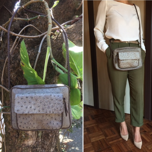 Handbag in ostrich skin